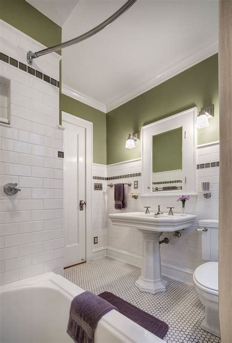 25 best ideas about bungalow bathroom on pinterest craftsman bathroom craftsman toilets and