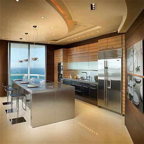 akoya mayor residence stunning modern penthouse  miami