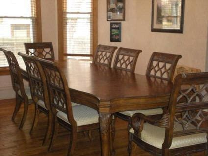 drexel heritage dining room table   chairs  sale  bloomington illinois classified