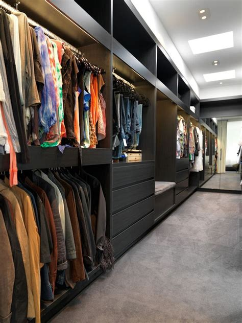 Narrow Walk In Closet Design by 25 Interesting Design Ideas And Advantages Of Walk In Closets