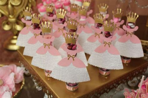 queen themed birthday party royal themed party in the house home party theme ideas