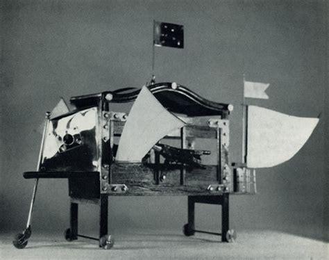 cirano mobili cyrano raconte savinien monsieur l inventeur de machines