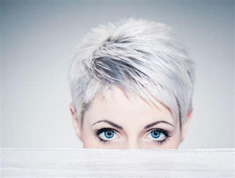 silver ladies graue haare sind trend