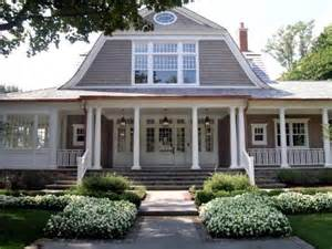 gambrel roof homes 25 best ideas about shingle style homes on pinterest shingle style architecture house