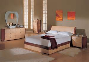 paint colors for bedroom furniture what paint colors look best with maple bedroom furniture