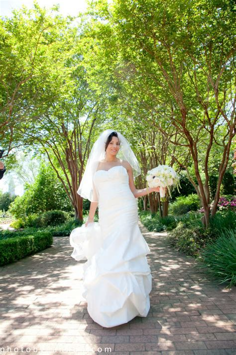 Atlanta Botanical Garden Wedding Tara Jason Married In Atlanta Botanical Gardens Photo By Gannon