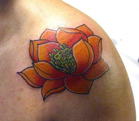 tatuaggi fiori di loto uomo tatuaggi fiori di loto significato e simbologia