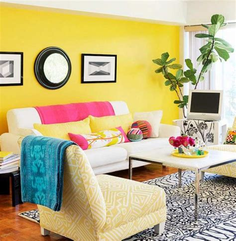 bright blue house wall painting paired with yellow front door color between french windows plus combinaciones de colores alegres para pintar una