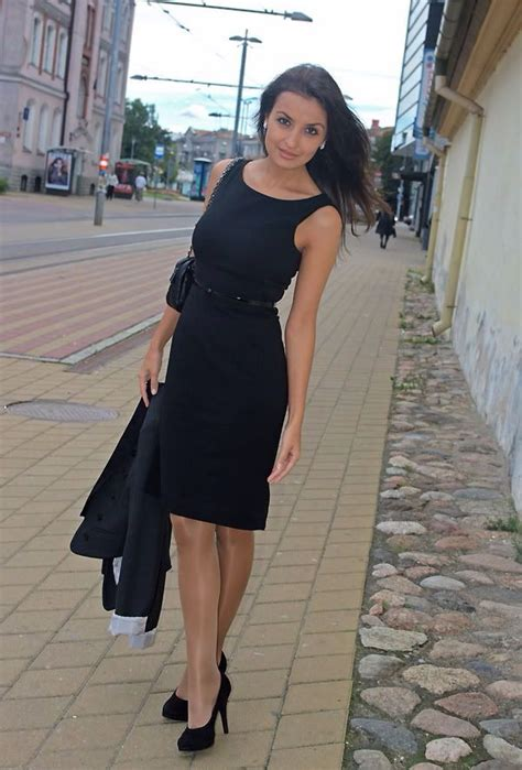 pretty woman   nice black dress pantyhose