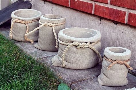Burlap Bag Planter by Diy Garden Decor Ideas 6 Projects For Yard And Patio