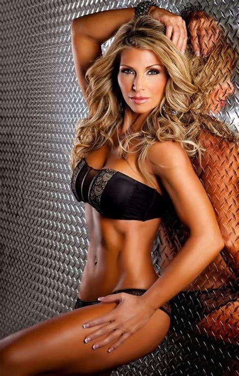 46 year old women 46 year old fitness expert writer speaker fitness model