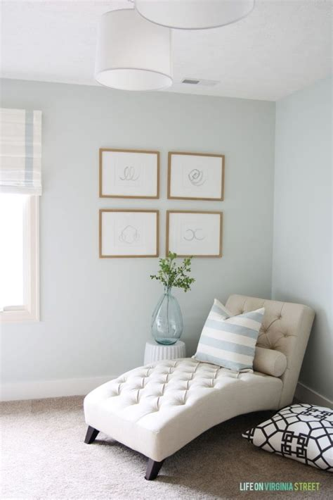 what color to paint walls nearly neutral paint colors