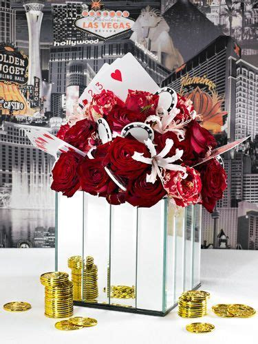 Best 20  Vegas themed wedding ideas on Pinterest   Vegas