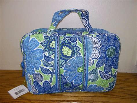 nwt new vera bradley grand cosmetic bag in multi