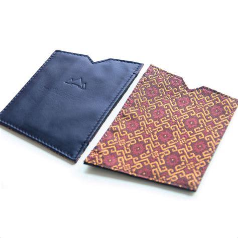 Outer Pocket Navy pocket square navy burgundy kambodja ethical fashion brand