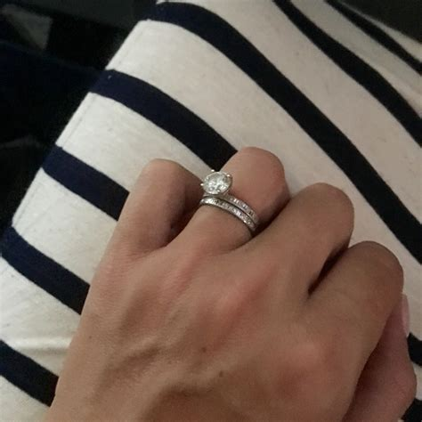 97 do you wear your engagement ring or wedding
