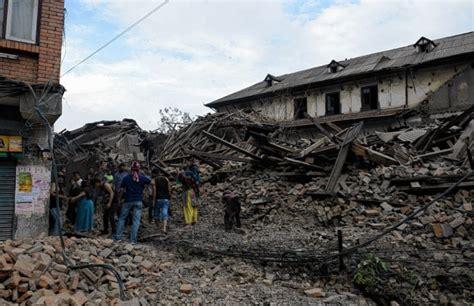 imagenes fuertes nepal en im 225 genes desolaci 243 n y destrucci 243 n en nepal por fuerte