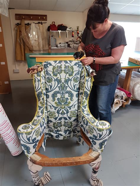 The Traditional Upholstery Workshop - wendy shorter interiors upholstery diploma