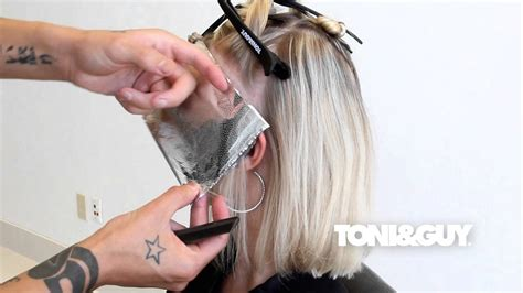 how to section hair how to color highlight hair toni guy hair color