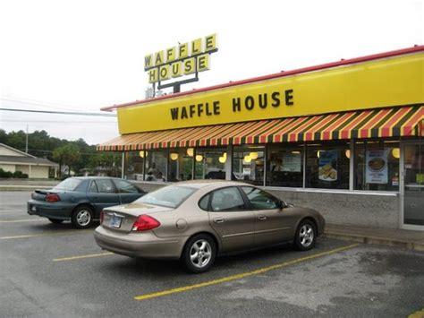 Waffle House Savannah 7301 Abercorn St Avalon Oglethorpe Mall Area Menu Prices