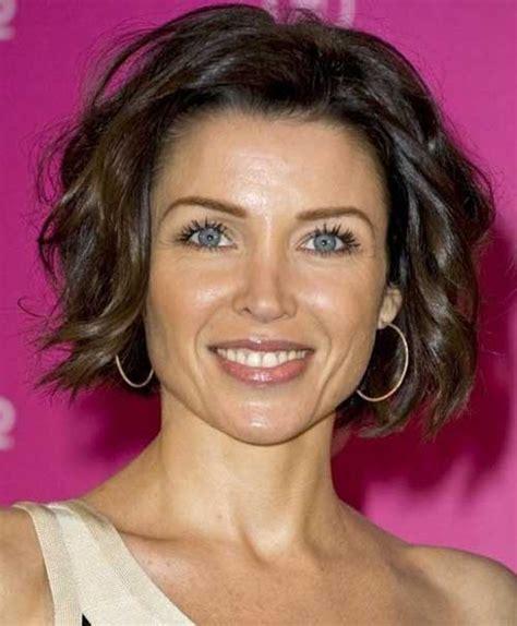 Trendy Kurze Haarschnitte für Frauen Über 40   Neue Frisur