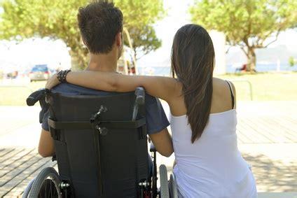 sclerosi multipla sedia a rotelle sclerosi multipla via la sedia a rotelle con le staminali