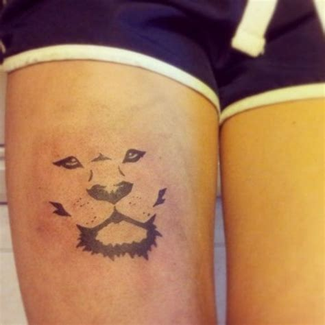 simple thigh tattoos best 25 simple ideas on