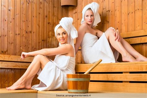 what to wear to a steam room 12 wondrous perks of steam room sauna therapy