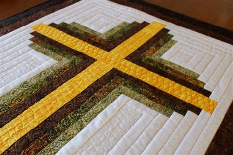 Size Log Cabin Quilt Pattern by Cross Quilt Pattern Log Cabin Christian Cross Size