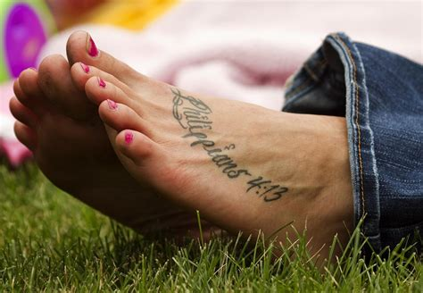 foot tattoo healing foot healing