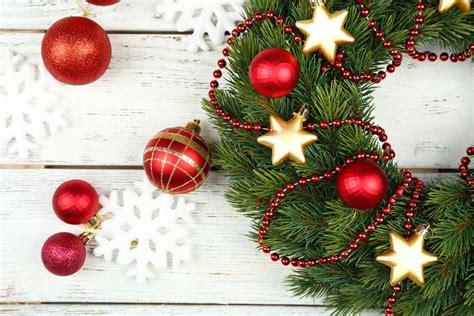spirit  christmas living  spending