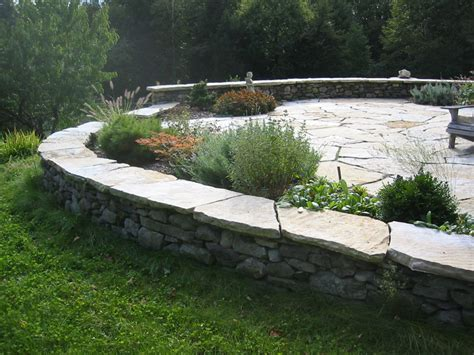 Patio Walls Ideas by Patio Pictures And Square Cut Flagstone Patios