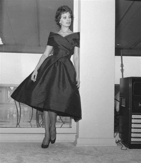 Flo Dress Sofia Loren 1950s Dress Classic