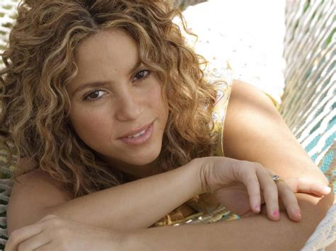 what makeup does shakira use 10 signs of gorgeous women without make up