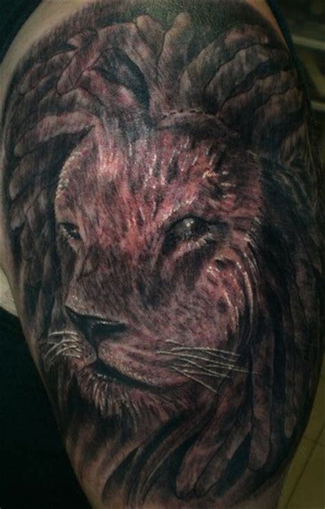 lion with dreads tattoo with dreadlocks www imgkid the image