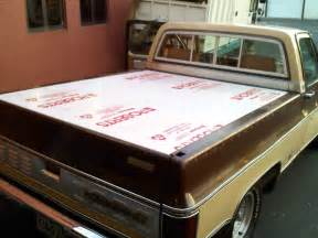chevy avalanche bed cover chevy silverado truck bed cover undercover se tonneau