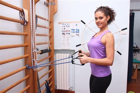 dolore interno spalla destra tendinite sovraspinoso della spalla sintomi ed esercizi