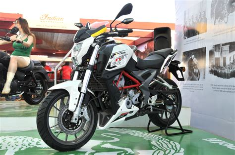 Benelli TNT 25 photo gallery   Bike Gallery   Bikes 200cc
