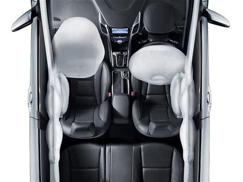 i30 7 airbags hyundai australia