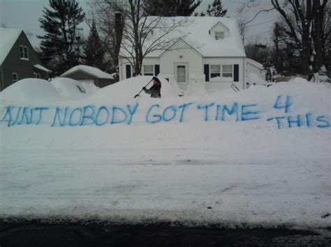the best michigan snowstorm memes