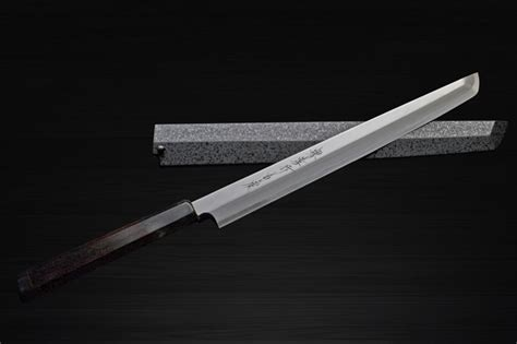 sushi knife or sashimi knife what s the difference takohiki v s yanagiba which is suitable for sushi and