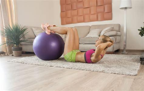 fare palestra in casa palestra in casa cosa serve e cosa comprare per allenarsi