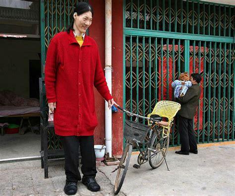 Hooray I Did Some Photography Today by Muri 243 Yao Defen La Mujer Alta Mundo Planeta Curioso