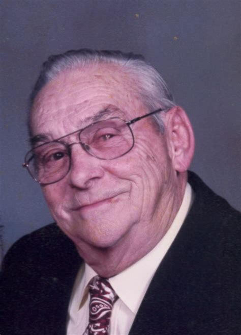 obituary for howard l moffett