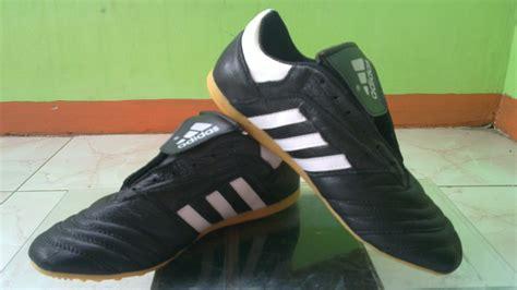Sepatu Adidas jual sepatu futsal adidas adinova sepatu futsal jual