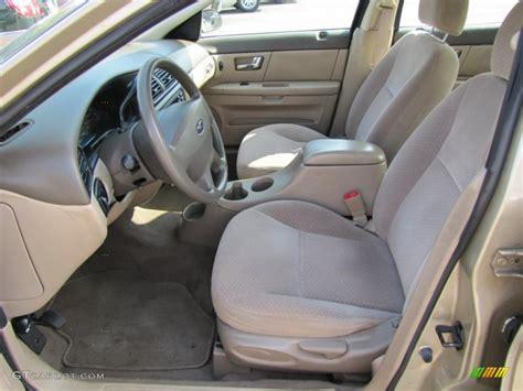 2001 Ford Taurus Interior by Medium Parchment Interior 2001 Ford Taurus Lx Photo