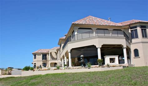 vacation homes for rent in fort myers florida pin by bay pointe on bonita vacation rentals