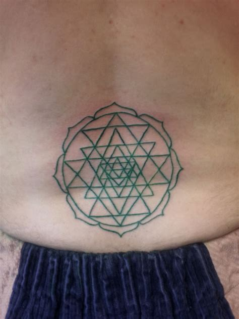 sri yantra tattoo designs best 20 yantra ideas on