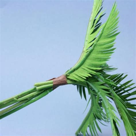 How To Make Paper Palm Leaves - 25 best ideas about paper palm tree on luau