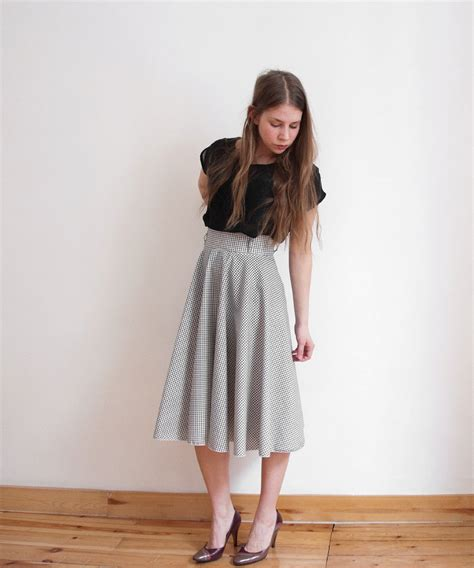 black white circle skirt retro chic skirt below by